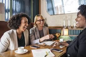Melhores estratégias de comunicação de vendas para as mulheres