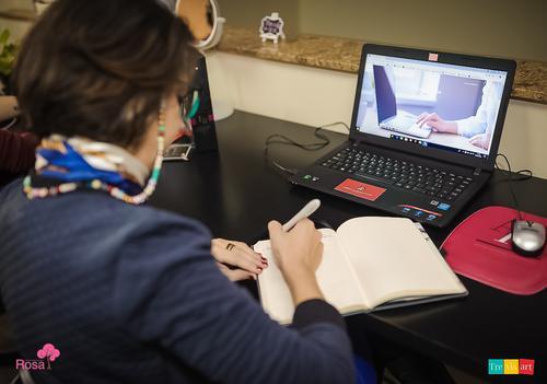 Mulheres unem técnica à empatia dentro da tecnologia