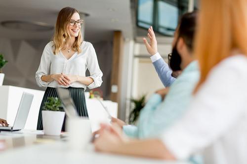 Mulheres na liderança: muito além de uma questão social