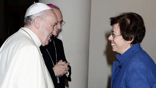 Papa nomeia primeira mulher para alto posto diplomático no Vaticano