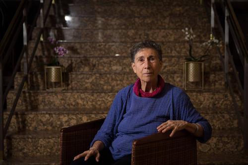 O que eles chamam de amor, nós chamamos de trabalho não pago, diz Silvia Federici